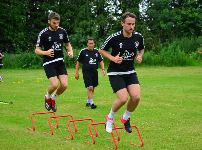 IN WITH THE BRICKS: Ant McTaggart, front right, at pre-season training with his Sauchie teammates. Picture by Jan van der Merwe