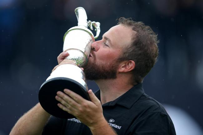 Shane Lowry kisses the Claret Jug