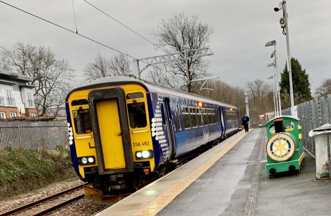 Person struck by train on Glasgow-Alloa line