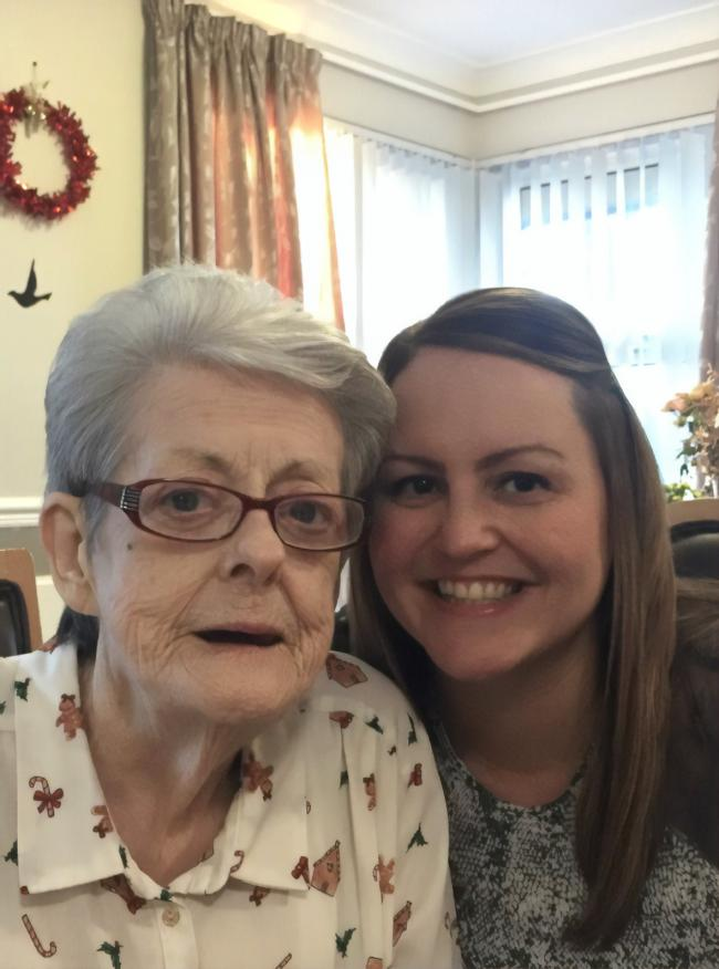 Elizabeth (left) suffered from the terrible disease for more than a decade but Lisa (right) says the family receive amazing support from Alzheimer Scotland and she was looking to give something back