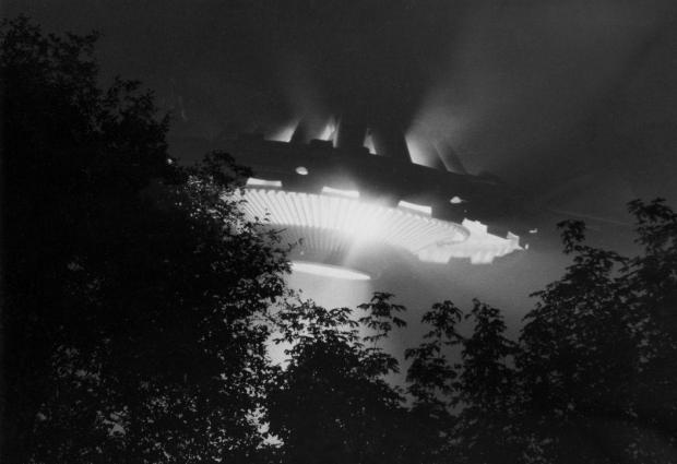 Alloa and Hillfoots Advertiser: Have you spotted a UFO over Scotland? Get in touch! (Stock feature image)