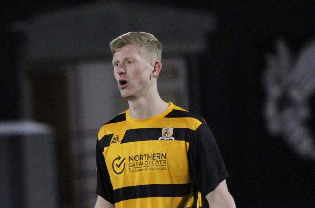 YOUNG GUN: Nicky Jamieson in action for Alloa against Greenock Morton on Saturday. Picture by John Howie