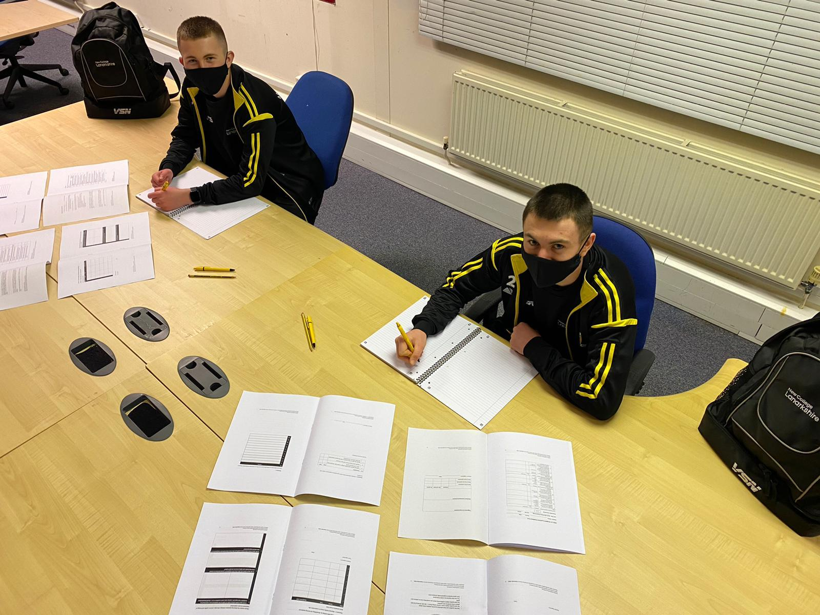 Partnership between Alloa FC academy and North Lanarkshire College continues
