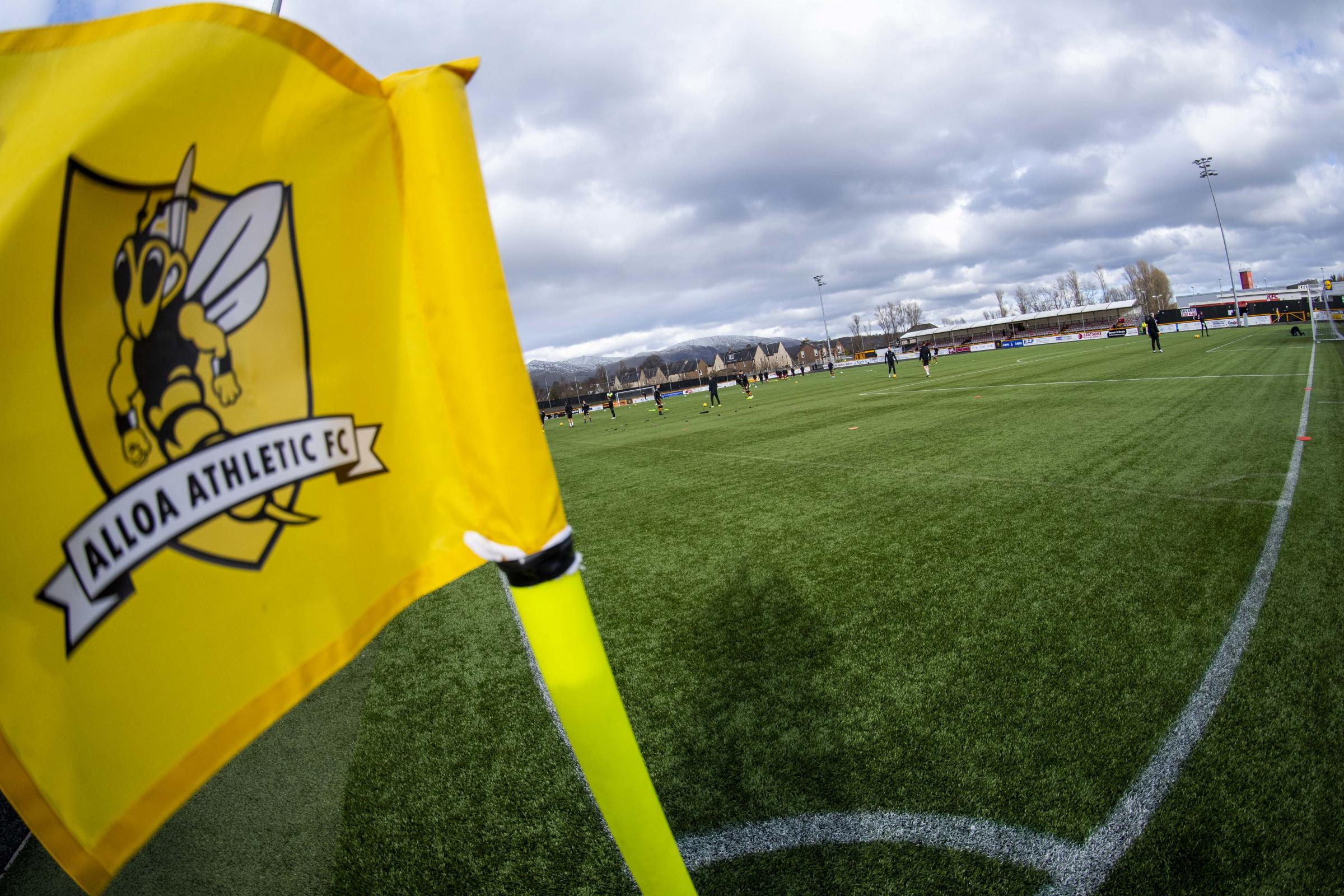 Alloa 3-1 East Fife: Wasps claim first win of new season