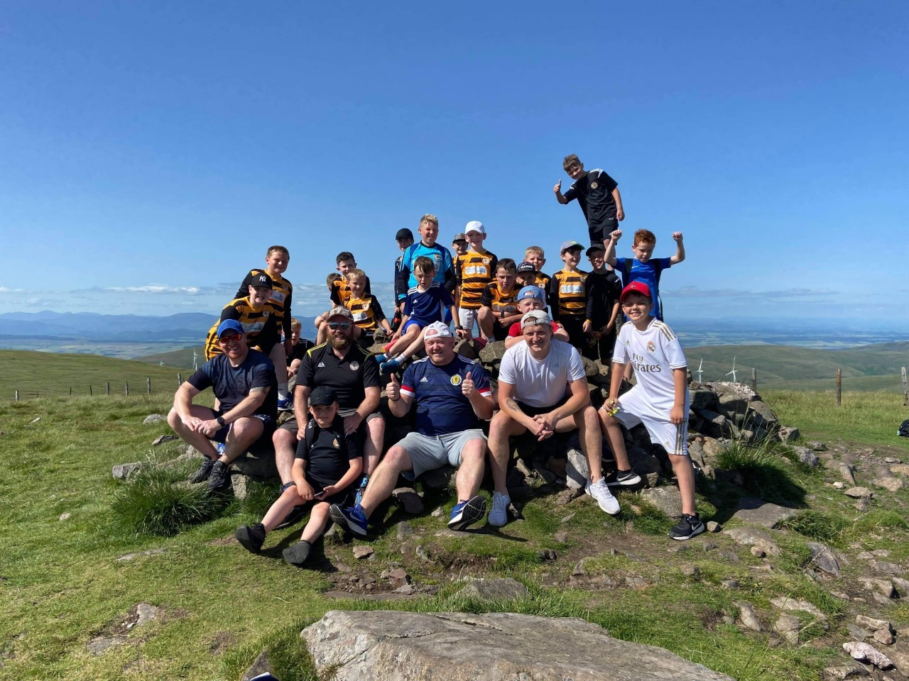 Young Wasps take to the hills to raise club funds