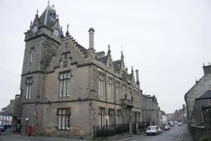 Clackmannan teen in court charged with attempted murder of infant