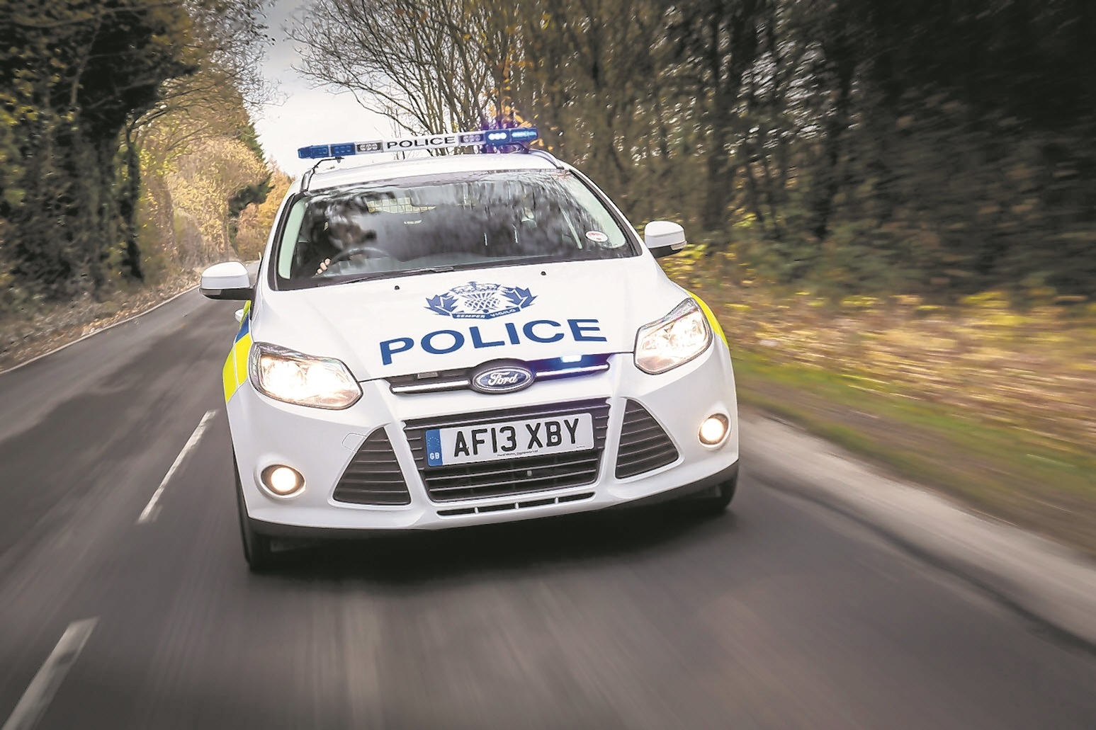 Police on the hunt for fake cop driving near Clacks