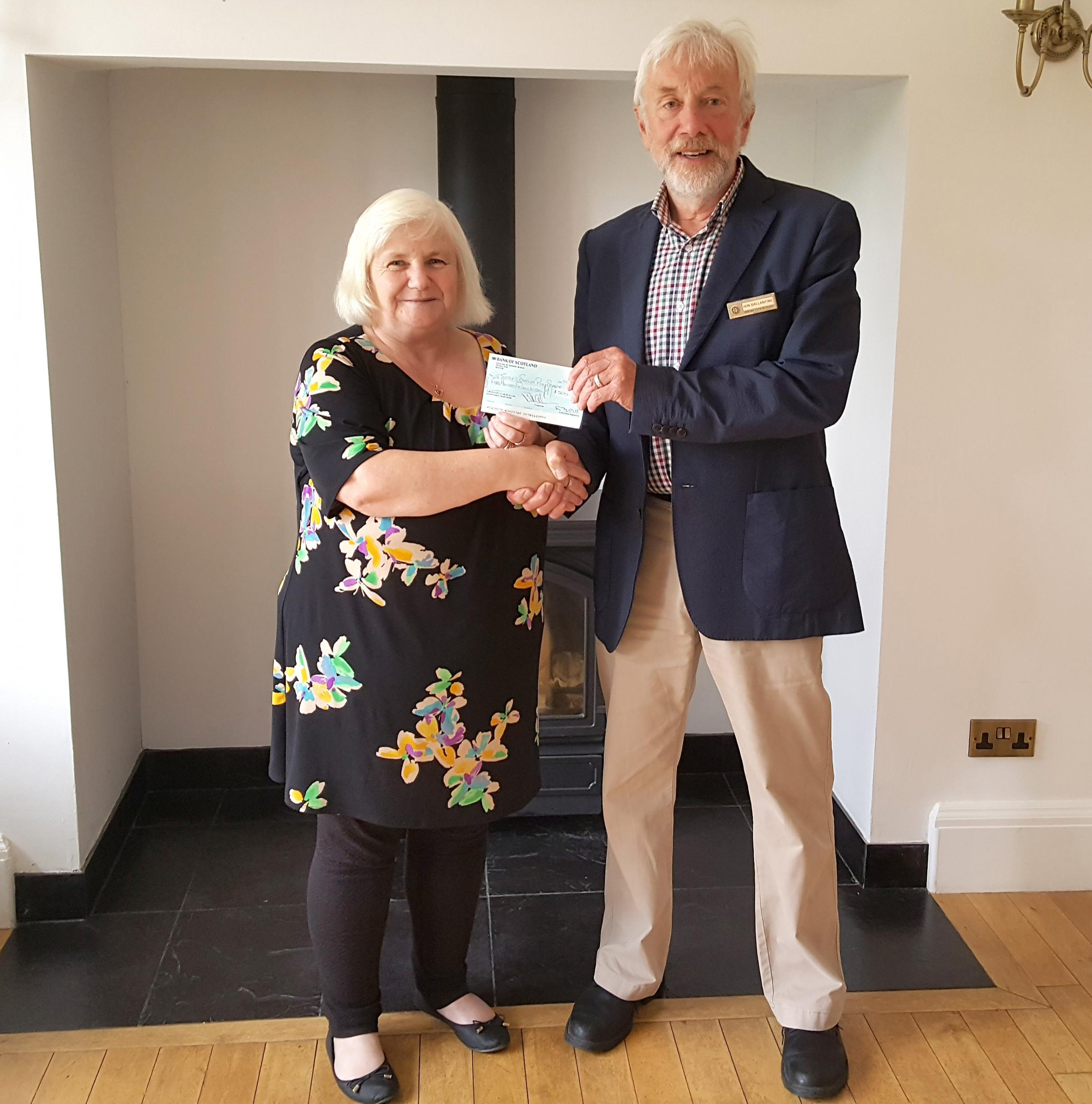 Alloa Rotary Club have made a donation of £500 to Tullibody Summer Playscheme