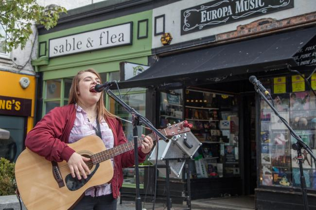 Anya McCrimmon plays outside Europa Music - Picture by Janie Meikle Bland